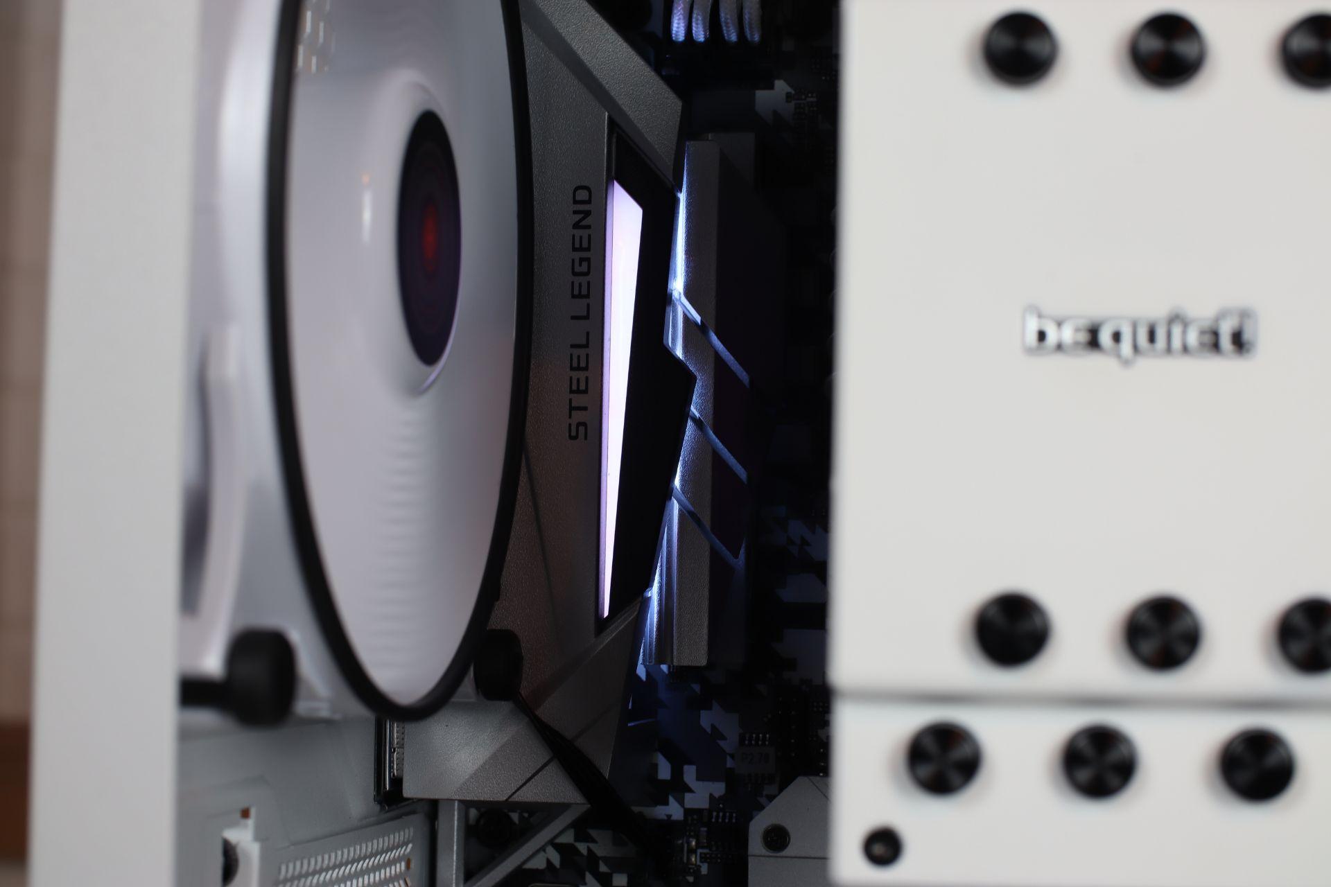 ASRock B450 Steel legend i AMD Ryzen 7 3700X
